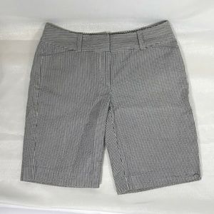 Ann Taylor Blue Gray striped shorts size 2